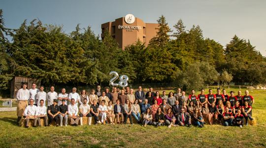 Évora Hotel comemora 28º aniversário